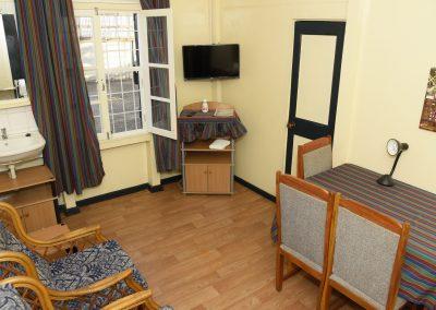 Double Suite - begane grond, zonder balkon Woonkamer
