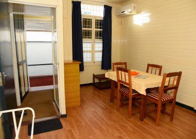 Double Suite- kleine trap; Ingang, Kitchenette